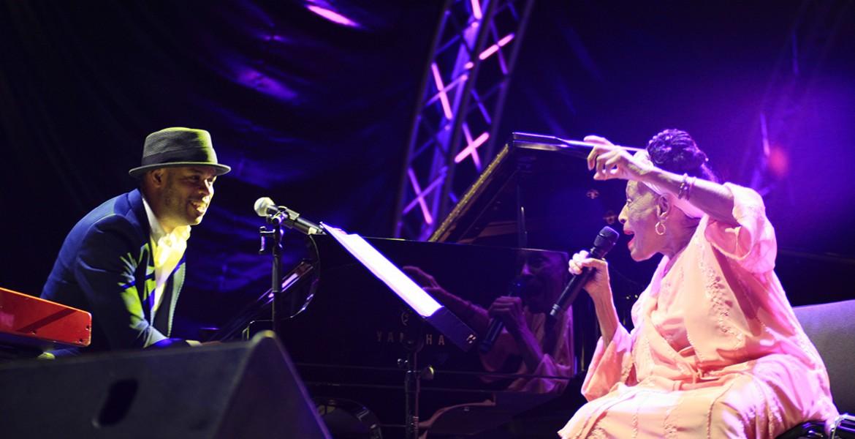 Omara Portuondo - Last Kiss - Review