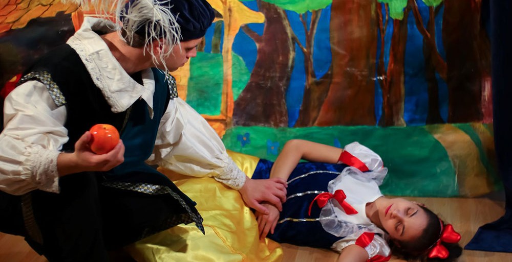 Παιδικές παραστάσεις από το English Theatre Club