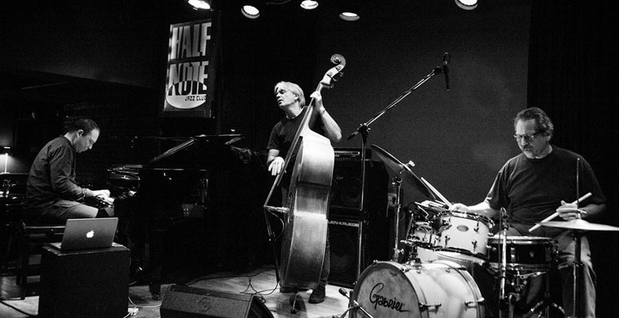 B.Y.S Trio & Χάρης Λαμπράκης