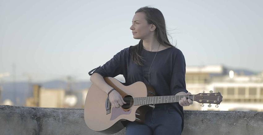 Η Κωνσταντίνα Πάλλα στο Μουσικό Κουτί